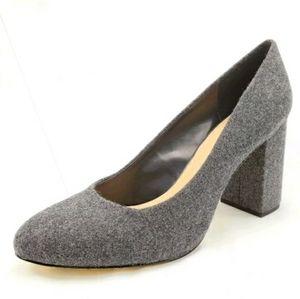 Bella Vita Nara Gray Flannel Heels Size 11 M